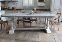 Tavolo in legno di rovere